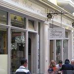 Restaurant Minuet facade