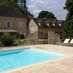 La maison d'hôtes vue de la piscine
