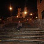Escadaria da Espanha a poucos passos do hotel