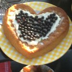 Torta preparata da Pascaline per la colazione: una delizia!