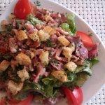 "salade périgourdine ""menu à 15"" Copieuse et delicieuse!!!"