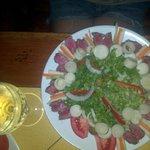 Ensalada de sashimi