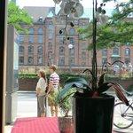 Blick aus dem Restaurant auf die Speicher-Stadt