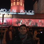 Moulin Rouge, a 15 minutos do Hotel Cervantes