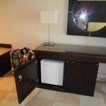 desk/dresser/minibar