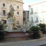 Fountain of Diana gegen Mittag