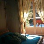 Chambre fée des Etoiles avec son spa sur terrasse privée.
