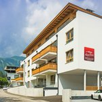 Foto de AlpenParks Residence Zell am See