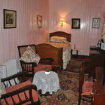 Colonial.single room