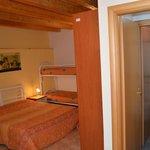 Camera da letto //  Bedroom