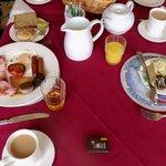 breakfast at Yeats Lodge