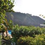 parc piscine et falaises