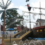 pirate ship splashground