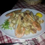 buonissimo fritto calamari e gamberi