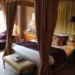 Lois Jadot room