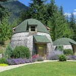 Cottages at Villa Dome Quixote, New Denver BC