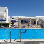 Une grande piscine