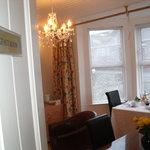 breakfast-table-at-Knockhouse-Portstewart-N.Ireland