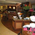 lobby facing coffee/tea area and restaurant