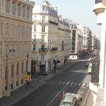Vista da Rue de La Fayette a partir do quarto