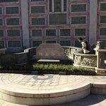 mr. Chen's tomb