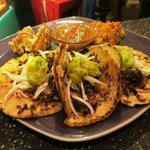Special: Tacos de Carnitas con Guacamole