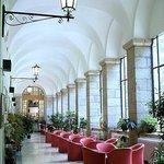 Hall Hotel Royal