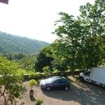 vista del parcheggio-panorama dalla camera