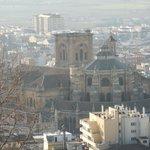 アルハンブラ宮殿から見た大聖堂