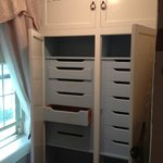 Drawers for clothes in Lizzy's Guest room