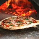 Pizza Salvatore Cuomo Toyosu Foto