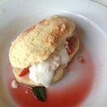 scone with strawberry and cream