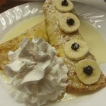 Banana split crepes