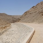 The hot 13km drive to the Royal Tomb