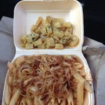 lovely chilli chicken pasta with to tobacco onions and garlic cubes ��