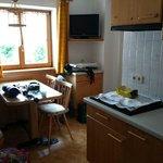 Cucina/soggiorno con angolo cottura