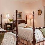 The cozy Roosevelt room