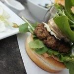 Burger (Medium Size)