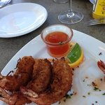 coconut shrimp at the clasic!! yum