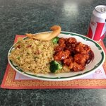 sesame chicken lunch combo