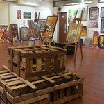 Art Gallery Setup