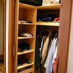 Junior-Suite mit Ausblick - Kleiderschrank
