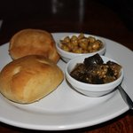 Chick peas and Eggplant with bread