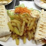 Sweet Chilli Chicken Wrap, Chips & Salad
