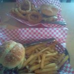 Foto de Gino's Burgers and Chicken