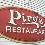 Photo de Piro's Village Restaurant