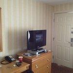 Desk/TV Area