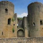 Villandraut castle
