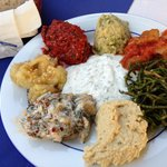 Tasty meze (lots of choice for vegetarians)