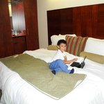 Descansando en la habitacion